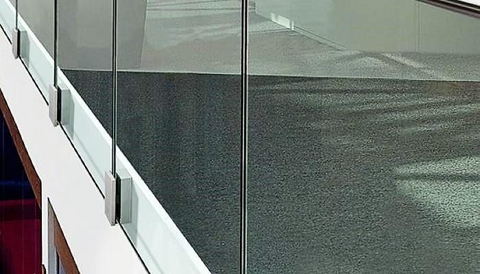 Balaustre parapetti vetro