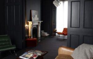 utilizzare il vetro per progettare uno spazio stimolante arredamento interno senza luce